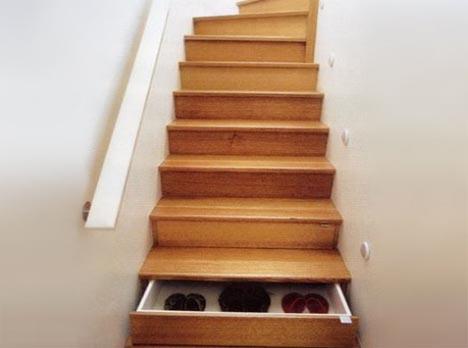 schubladen-in-treppe