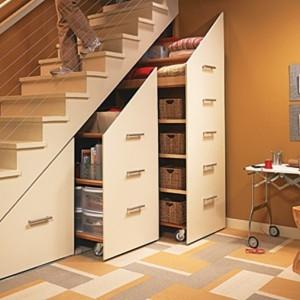 stauraum-unter-treppe